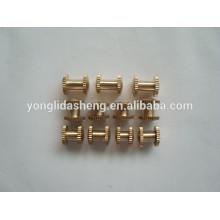 China fabricante mayor tamaño de cobre tornillo de tamaño diferente