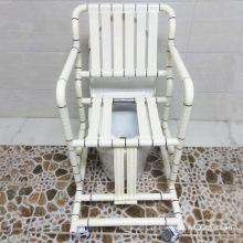 Cadeira com cume e cadeira de banho com suporte para trás