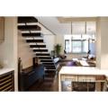 Treppengeländer aus gehärtetem Glas aus Holz