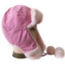 Chapeau d'hiver avec fourrure artificielle (VT013)