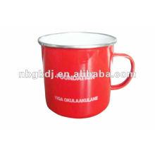 taza de beber esmalte rojo con tapa PP y borde SS