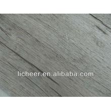 Licheer plancher gris-sol stratifié-petit embossé
