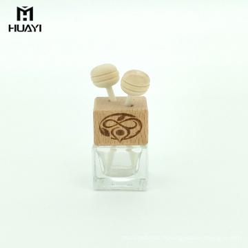 En gros arôme diffuseur 5 ml sortie d'air carré vide bouteille de parfum de voiture avec capuchon en bois