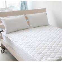 Protector acolchado del colchón del colchón de la cama acolchada del hotel