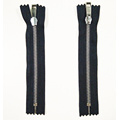 Novos materiais Metal Teeth Custom Zipper for handbags