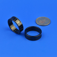 Custom Black 2mm Zirconia Keramisk Slitstark Ring