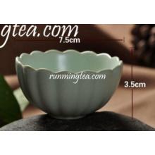 China Tazas de té de cerámica de la taza de té de la forma del loto de Lotus ninguna manija