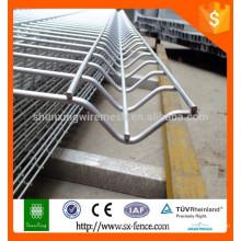 Hot Sale Trade enrubanneuses en acier inoxydable / clôture en treillis à chaud / clôture de jardin
