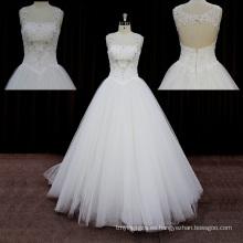 Vestidos de novia del tren de encaje sin espalda de mariposa broche