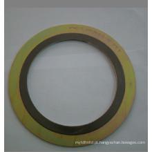 Junta de espiral com anel externo