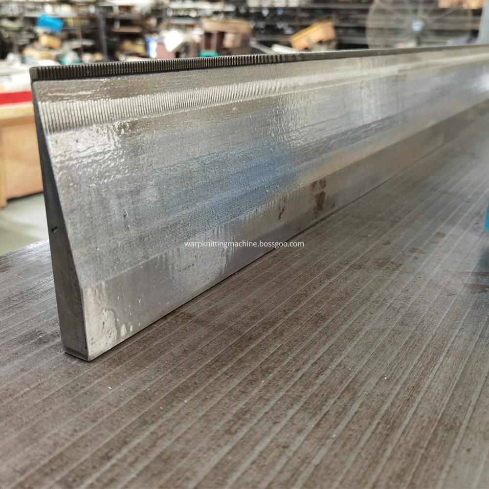 Sinker Needle Bed For Double Needle Bar Machine