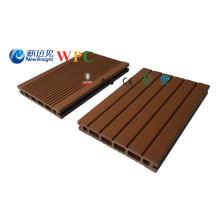 146 * 23mm plastique en bois de Decking composé avec ce SGS diplômé