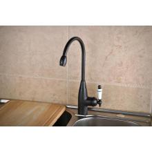 Q14601kb Orb émail poignée rotative froide et chaude mitigeur de robinet de cuisine