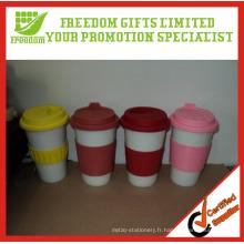 Tasses de café bon marché adaptées aux besoins du client de logo avec la douille de silicone