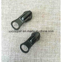 5# Common Puller Auto Lock Slider for Nylon Zipper