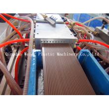 Machine de conseil de Decking de WPC pour l'usage extérieur