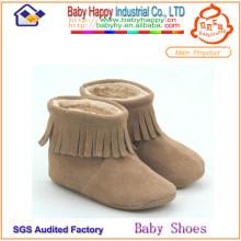 La venta al por mayor 2014 zapatos cómodos del zapato de bebé calza el invierno