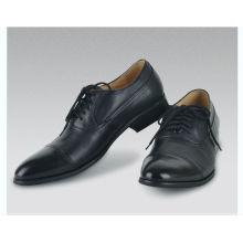 Designer novo modelo italiano apontou sapatos longos para homens