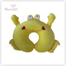 Coussin en forme de crabe jaune