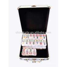 Doubles dominos en plastique de 12 chiffres dans la boîte en aluminium à vendre