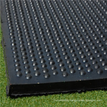 15mm Thick Round Studded Pattern Rubber Mat for Horse Stable and Cow Stall