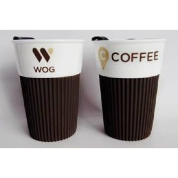Wholesale Ceramic Coffee Mug with Plastic Lid and Silicon Sleeve