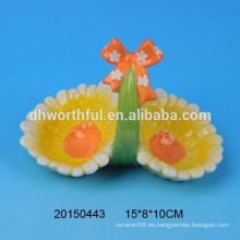 Cestas de titular de huevo de cerámica pintadas a mano con diseño de flores