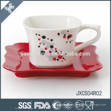 Taza y platillo de café cuadrados de la porcelana 180CC 12pcs, sistema de la taza del diseño de la astilla, sistema pequeño de la taza