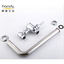 Vanne de rinçage de presse à main à fermeture automatique avec tuyau