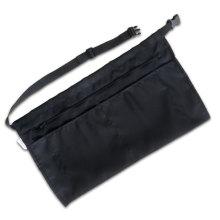Delantal negro de cintura de camarera con cremallera