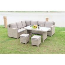 Garten-Rattan-Möbel im Freien