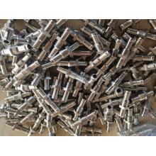 Winkelstück für die CNC-Bearbeitung von Gewindeanschlüssen
