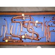 Montaje de tubería de cobre para sistema de CA central