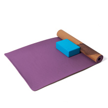 2021 custom logo wholesale  laminated cork two  double layer pilates natural tpe cork rubber yoga mat with carrying strap