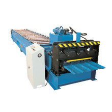 Classic Design Roofing Sheet Roll Forming Machine (XH840)