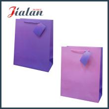 Boutique Verpacken-kundenspezifische preiswerte Firmenzeichen-Großverkauf-Papierbeutel für Kleidung