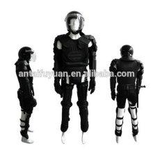 Высококачественный костюм для борьбы с беспорядками
