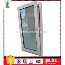 PVC-Fenster mit gehärtetem Glas im Reinraum PVC-Fenster mit gehärtetem Glas im Reinraum