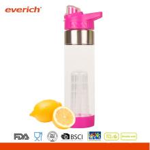 Bouteille d'eau potable en plastique BPA FREE dans des bouteilles d'eau en plastique