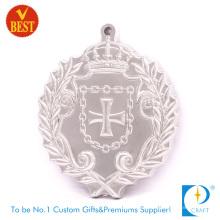 Suministre la medalla religiosa plateada 3D de alta calidad de China de la fuente con la aleación del cinc