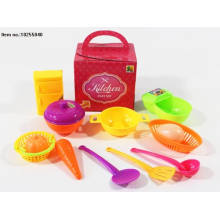 Brinquedos coloridos do jogo da cozinha para crianças