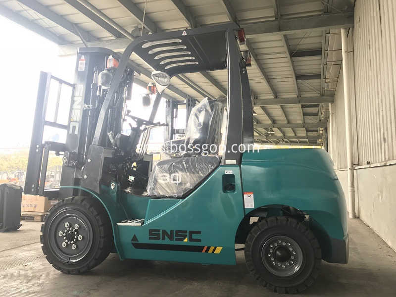 4 units 3 ton forklifts exported to ALGERIA from sheri (6)