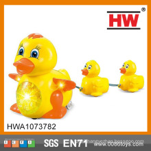 New Item Shaking Battery Operated Duck Toy With Music Light