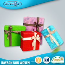 Gift Wrapping Supplies Nonwoven Laminated Nice Jumbo Roll Christmas Gift Wrapping Paper
