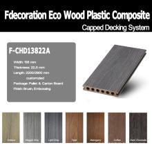 A boa superfície de madeira Textured a madeira plástica WPC do assoalho de WPC