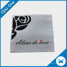 Flower Logo Folded Woven Label para Vestuário Trademark