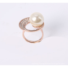 Fashion Jewelry Ring with Rhinestone and Pearl in Rose Gold Plated