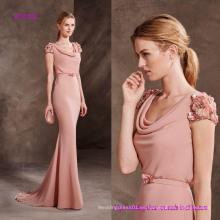 Vestido de dama de honor con sirena hermosa y escote drapeado en Georgette