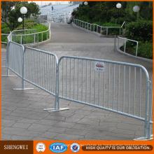 Barrera de seguridad móvil galvanizada Barrera de control de multitudes 1.1X2.1m