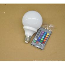 Precio de fábrica 3W e27 rgb teledirigido del color 16 llevó la luz de bulbo 100-240V rgb llevó el bulbo con el telecontrol